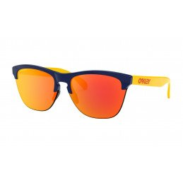 OAKLEY  Frogskins™ Lite Snapback Collection Navy Prizm Ruby OO9374-2163